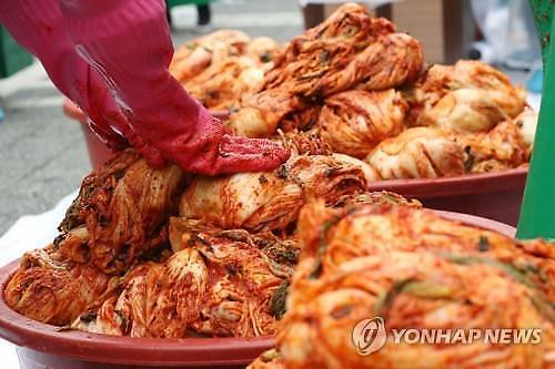 Xuất khẩu mì ăn liền và kim chi của Hàn Quốc tăng trưởng hai chữ số trong 4 tháng liên tiếp nhờ Covid19