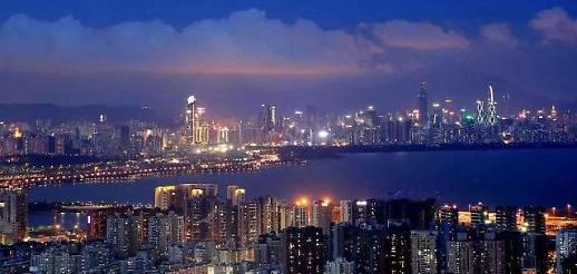 미 홍콩 이제 중국과 한 체제