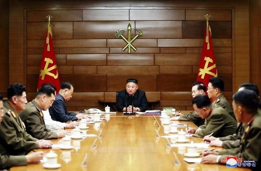 김정은, 대남 언급 無 전쟁억제력 강화 재확인…혈맹·친선 중·러 관계 강화