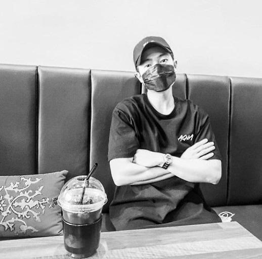 손승원, 흑백사진 근황 공개... 누리꾼, 무면허 음주운전 뺑소니 반성 충분히 했나?