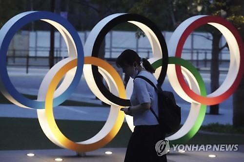 올림픽 열릴까...경제 살리기 내건 아베 정치인생도 끝나나