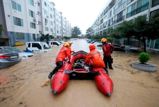 [포토] 대전 물폭탄에 피해 속출… 시민들 막막하다 울분