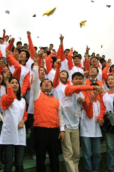 企业贡献社会-(8) 韩华集团