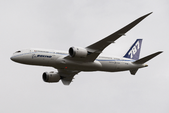 .Airbus and Boeing to Bare Teeth at Farnborough.