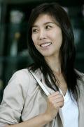 韩恩贞出道9年为恐怖片献荧屏初吻