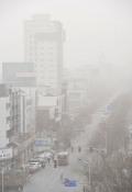 .宁夏部分地区遭遇大风沙尘天气.