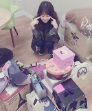 .Girl's Day成员Yura公开生日礼物照表感谢.