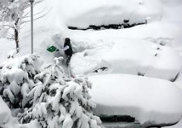 .被大雪掩埋的江原道.