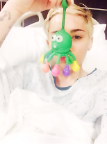 Miley Cyrus is sick from the allergic reaction to antibiotics