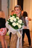 .欧洲选美皇后4岁遭拐卖 16年后回白俄寻母.