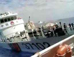 .Indonesia ready to mediate in South China Sea, says President-elect Joko Widodo.