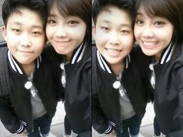 에이핑크 정은지, 8살 연하 친동생과 서울 나들이