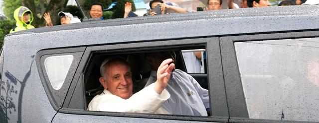 2 'Papal Mobils' to be donated to Vatican