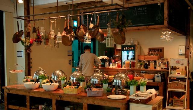 首尔西来村品尝早午餐的精致与优雅
