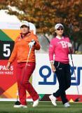 박인비, '세계랭킹 1위 복귀' 축하 버디쇼