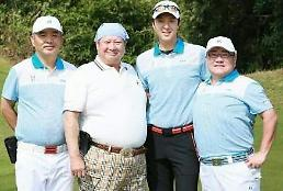 이동건, 홍금보 등 중국 대표배우와 골프 인증 사진 한류스타의 위용