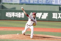 'KT 위즈 특별지명' 이대형 이어 넥센 히어로즈 '강속구 투수' 장시환 영입