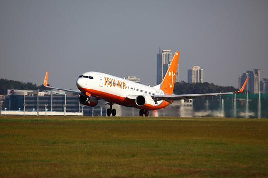 北京到泰国的飞机