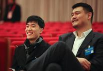 [영상중국] 중국 스포츠영웅 야오밍과 류샹...상하이 지방양회 참석