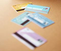 .No. of debit cards issued in S. Korea surpasses that of credit cards for 1st time .