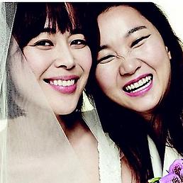 '봄 신부' 느낌 물씬, 장윤주 웨딩 화보, 가인·이하나와...