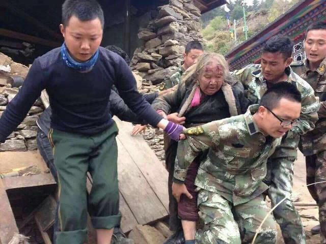 [영상중국]네팔 강진에, 중국 시짱도 '비상'...연쇄지진 공포