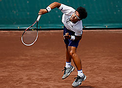 .Rising tennis star Chung Hyeon cracks top 100 with Savannah title .