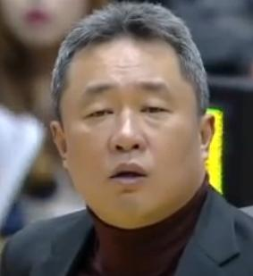 '불법도박' 전창진 감독을 믿는다? 구단 코치 채무관계가 오해 빚은 것