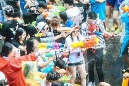 Water gun festival held at Yonsei-ro, Seoul