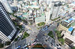 Birds-eye-view of Seodaemun Station intersection in central Seoul