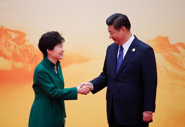 중국 전승절 계기로 돈독해진 한중관계...갈곳 잃은 북한<WSJ>