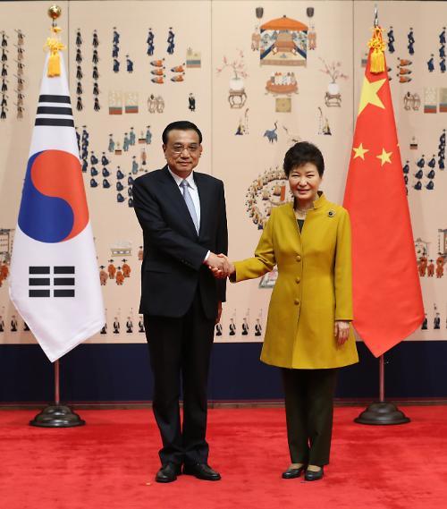 李克强访韩推动两国关系进入成熟期