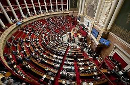 .Threat of bio-chemical weapons looms in France, says PM.