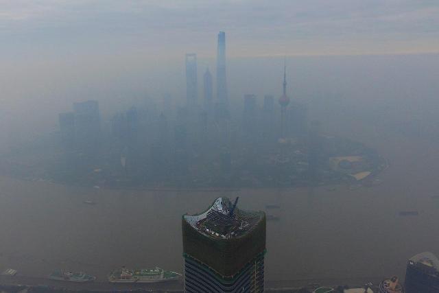 [영상중국] 심각한 스모그에 '미지'의 도시된 中 상하이