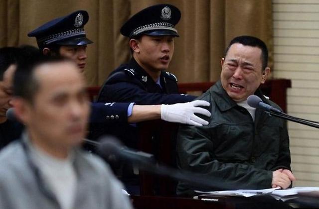 胡润发布特别报告:17年共有35位中国富豪出问题