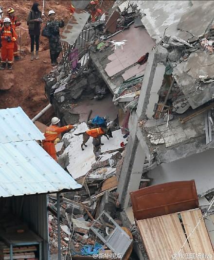 深圳滑坡挖出第一具遇难者遗体 失踪人数存疑