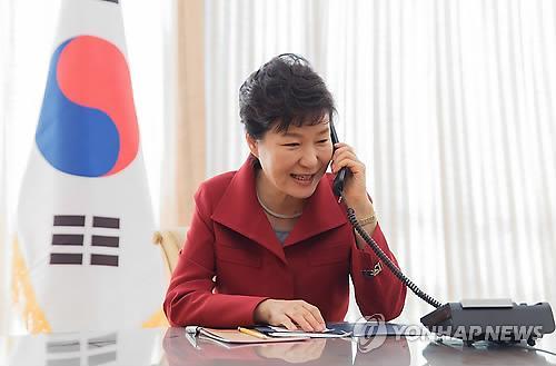 韩日首脑通话 安倍谢罪反省