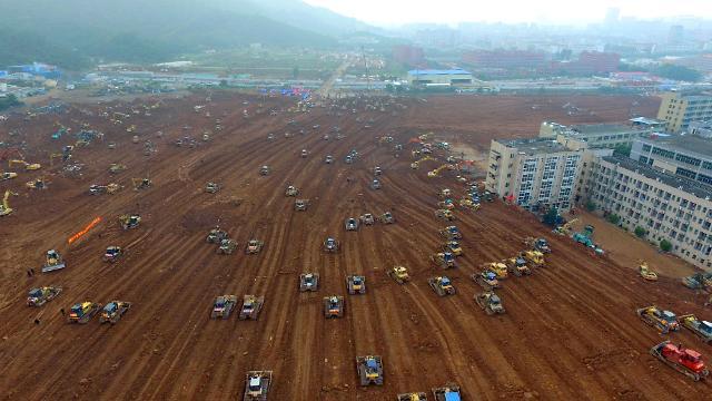 深圳滑坡事故12人被采取强制措施