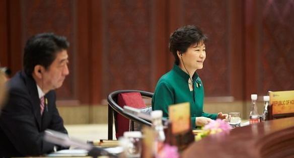 밀착하는 한미일 3국...소극적인 중국 압박 극대화