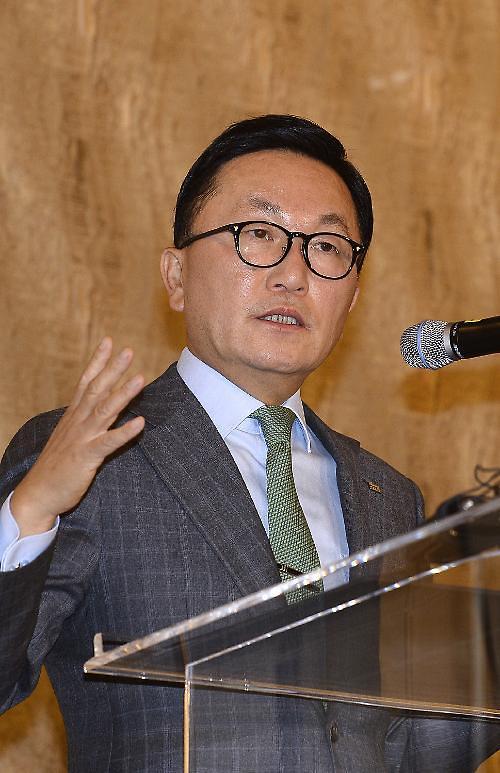 韩国未来资产创始人朴炫柱:金钱是朵美丽的花