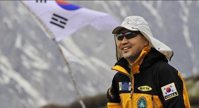 韩国东进公司创始人姜太善:自寻出路而不埋怨环境