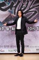 アジアのプリンスジャン・グンソクの新しいSBSドラマ、「テバク」制作発表会
