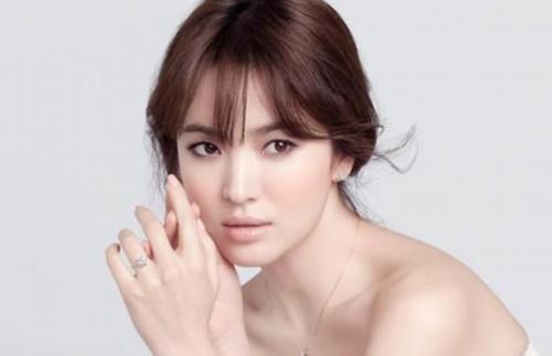 韩流影星宋慧乔拒绝三菱巨额广告代言 强烈爱国心引网友点赞
