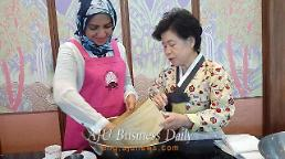 .Korea attracts Muslim world with Korean halal cuisine.