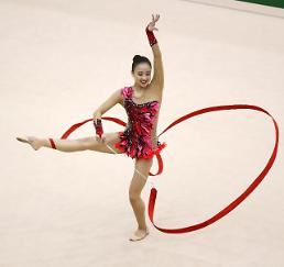 Rhythmic gymnast Son Yeon-jae takes lead at Asian Championships