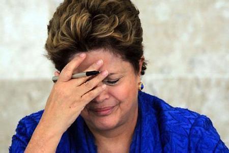 巴西参议院支持弹劾审讯 总统罗塞夫被弹劾停职180天