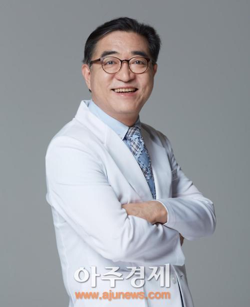 韩国LS整形院长洪荣晙:在京提供百分百韩国整容服务