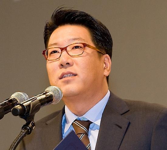 现代百货店集团董事长郑志宣:有差异才能发展