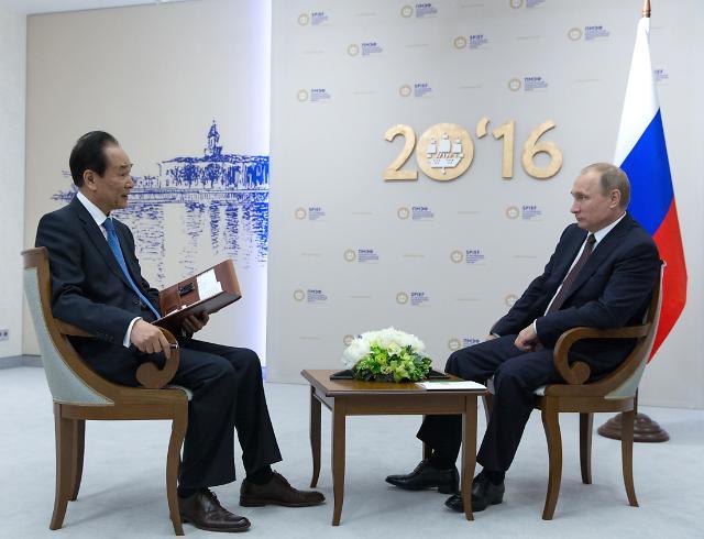 [영상중국] 25일 방중 푸틴 대통령…신화통신 사장과 인터뷰