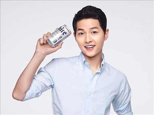 韩酒类企业主打明星牌 聘宋仲基等一线明星以提高知名度